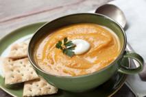 Zupa z dyni i marchewki: pożywna i łatwa do przygotowania