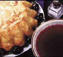 Babka ziemniaczana z sosem chrzanowym (bezmleczna)