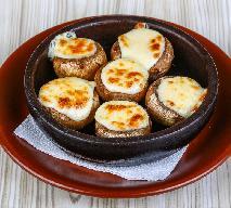 Grillowane pieczarki portobello nadziewane serem