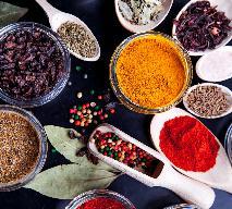 Jak zrobić przyprawę garam masala? Przepis na domową mieszankę