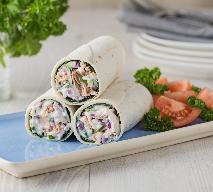 Kanapki z tortilli z awokado i pastą jogurtowo-koperkową: przepis