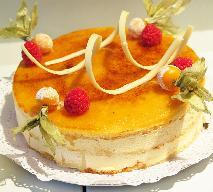 Tort z ajerkoniakiem - idealny na święta i uroczystości