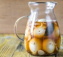 Jajka marynowane w occie: pikantna zakąska, smaczna przystawka
