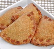 Pierożki z wątróbką i wiśniami pieczone w herbacianej glazurze