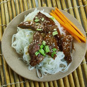 Wołowina z sosem sriracha - przepis na fantastyczną wołowinę na ostro