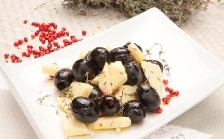 Marynata z hiszpańskich oliwek z białą czekoladą