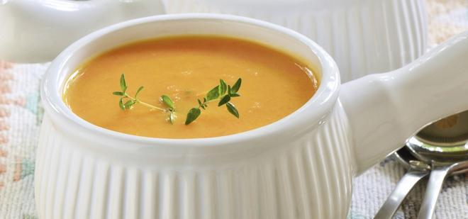Kokosowo-marchewkowa zupa-krem - wykwintna i delikatna